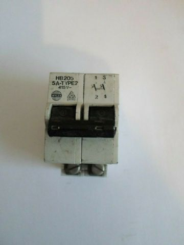 WYLEX HB205 5 AMP DOUBLE POLE MCB CIRCUIT BREAKER